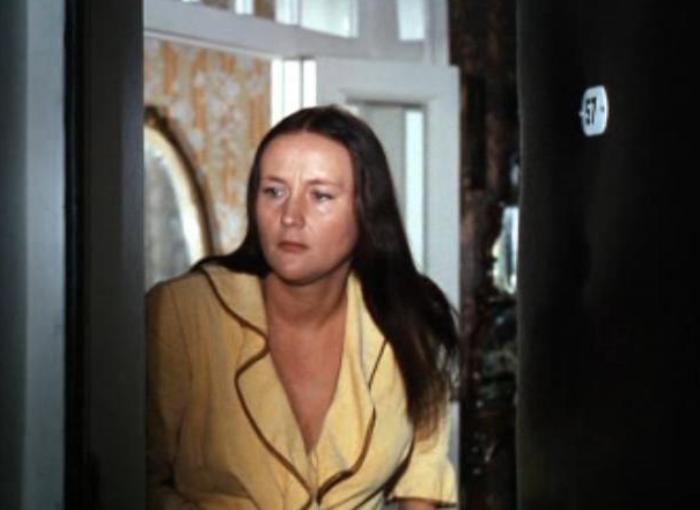 Микаэла Дроздовская в фильме *Мимино*, 1977 | Фото: kino-teatr.ru
