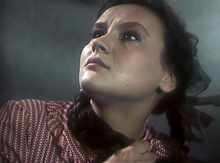 Микаэла Дроздовская в фильме *Добровольцы*, 1958 | Фото: kino-teatr.ru