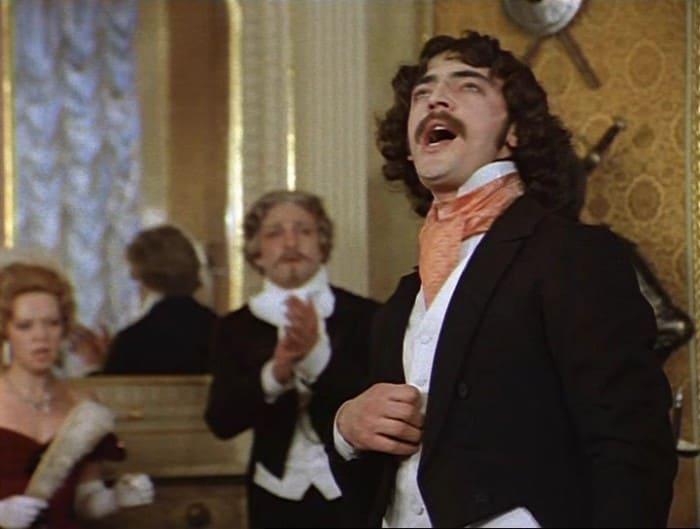 Михаил Боярский в фильме *Соломенная шляпка*, 1975 | Фото: kino-teatr.ru