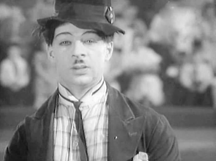 Михаил Румянцев в фильме *Высокая награда*, 1939 | Фото: kino-teatr.ru