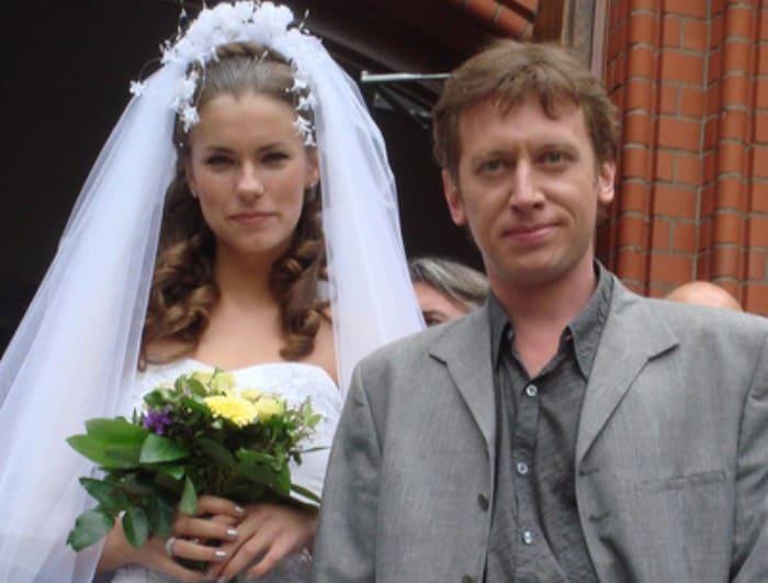 Актер со второй женой, Анной Нестерцовой   Фото: starhit.ru