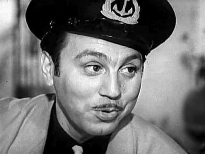 Кадр из фильма *Белая акация*, 1957 | Фото: kino-teatr.ru