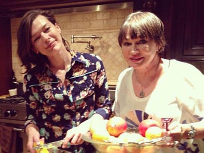 Актриса с матерью, Галиной Логиновой   Фото: sobesednik.ru