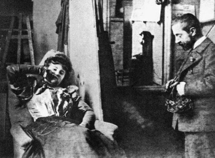 Мизиа в студии Анри де Тулуз-Лотрека, 1895 | Фото: lovers-of-art.livejournal.com