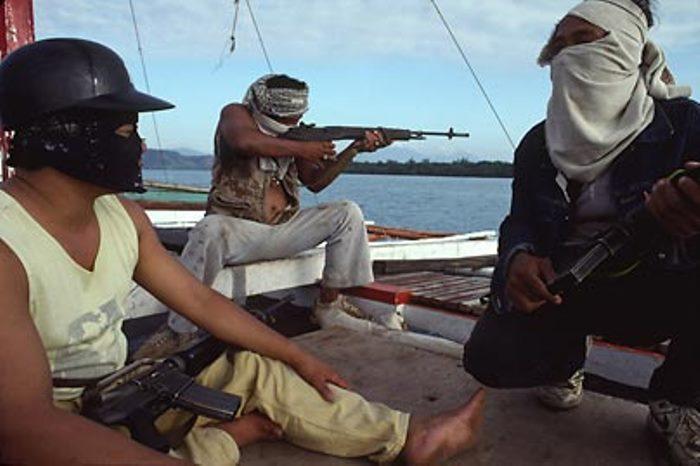 Бандитизм, грабеж и пиратство стали синонимами в наши дни