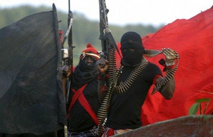 Современные пираты вооружены до зубов
