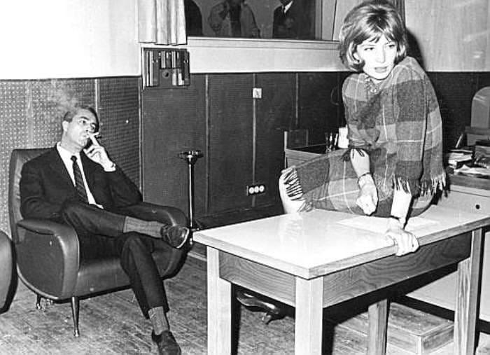 Микеланджело Антониони и Моника Витти на съемках фильма *Красная пустыня* | Фото: spletnik.ru