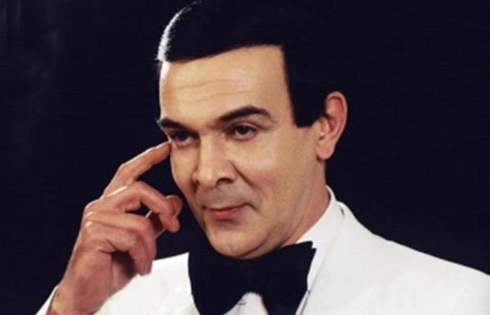 Знаменитый оперный и эстрадный певец Муслим Магомаев | Фото: chechenews.com