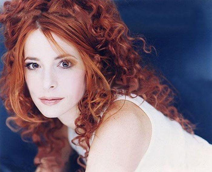 Знаменитая французская певица | Фото: persones.ru