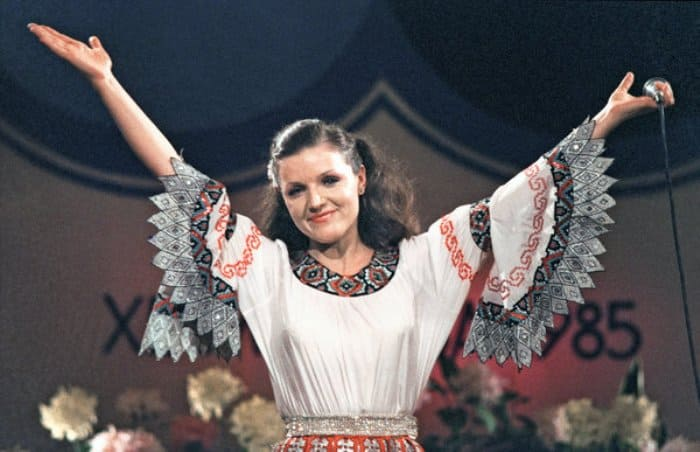 Народная артистка Молдавской ССР, заслуженная артистка РСФСР Надежда Чепрага | Фото: proshowbiz.ru