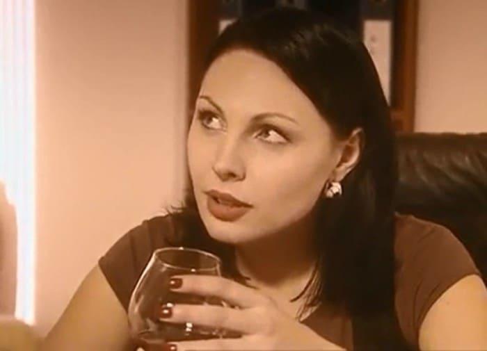 Наталья Бочкарева в сериале *Иван Подушкин. Джентльмен сыска*, 2006   Фото: kino-teatr.ru