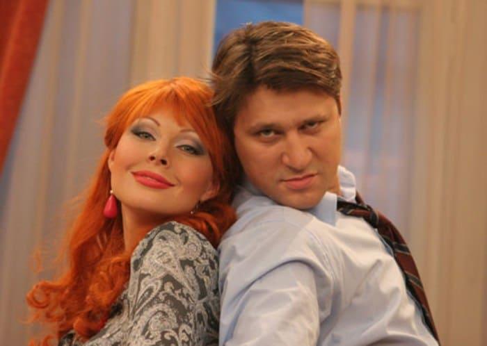 Кадр из сериала *Счастливы вместе*, 2006   Фото: kino-teatr.ru