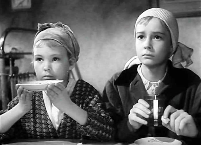 Кадр из фильма *Вступление*, 1962   Фото: kino-teatr.ru