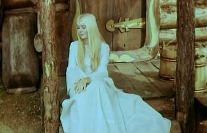 Наталья Богунова в роли Снегурочки в фильме *Весенняя сказка*, 1971   Фото: megogo.net