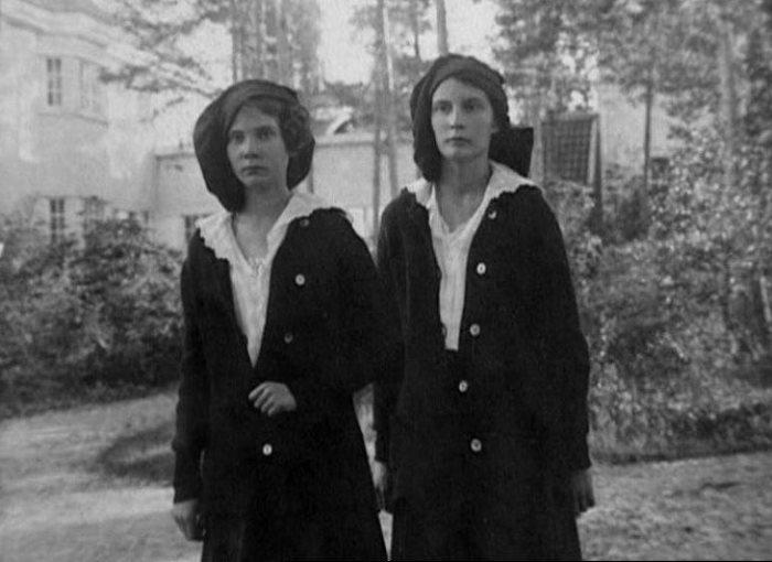 Натали Палей с сестрой Ириной