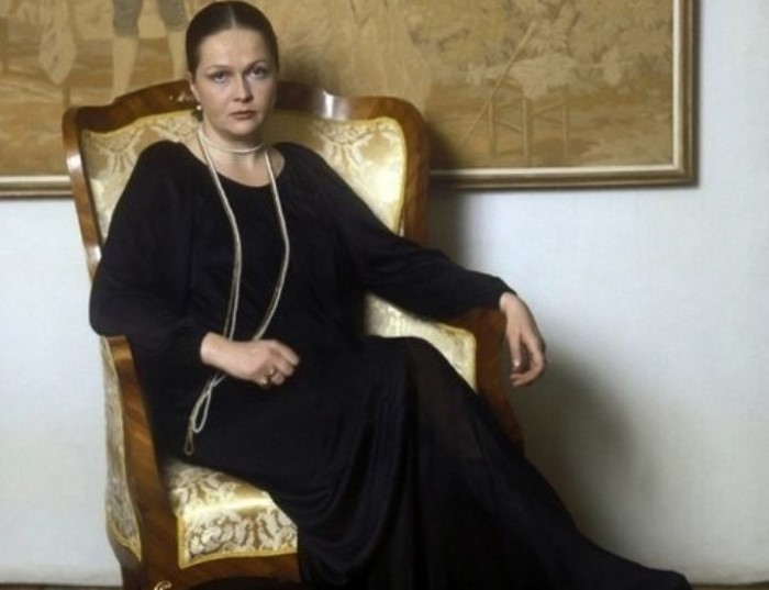 Народная артистка России Наталья Гундарева   Фото: kinopoisk.ru