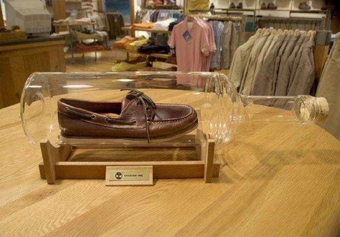 Удобство, прочность и водонепроницаемость – основные преимущества обуви | Фото: jewishnews.com.ua