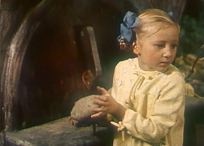 Наталья Симонова в фильме *Новогодние приключения Маши и Вити*, 1975 | Фото: kino-teatr.ru