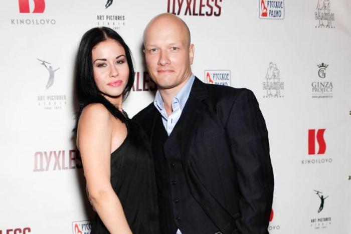 Никита Панфилов и его вторая жена Лада | Фото: 2aktera.ru
