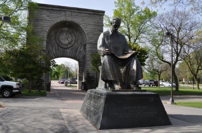 Памятник Николе Тесле в США | Фото: fototerra.ru