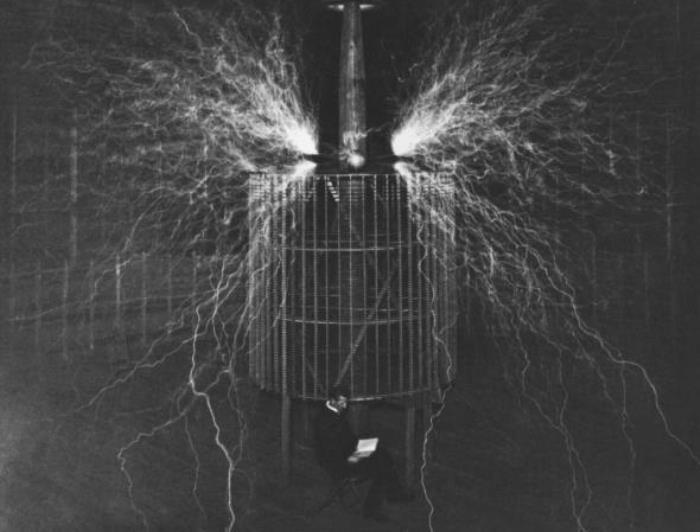 Знаменитый изобретатель Никола Тесла, 1899 | Фото: teslauniverse.com
