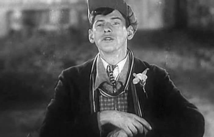 Николай Черкасов в фильме *Горячие денечки*, 1935   Фото: kino-teatr.ru