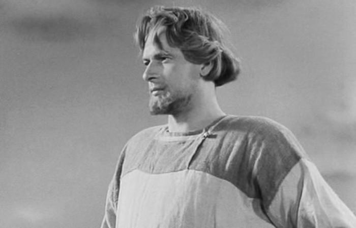 Николай Черкасов в фильме *Александр Невский*, 1938   Фото: kino-teatr.ru