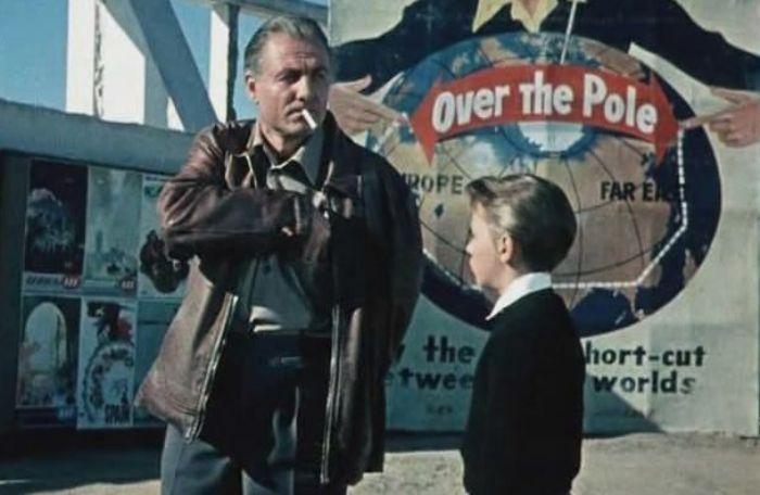 Кадр из фильма *Последний дюйм*, 1958 | Фото: shkolazhizni.ru