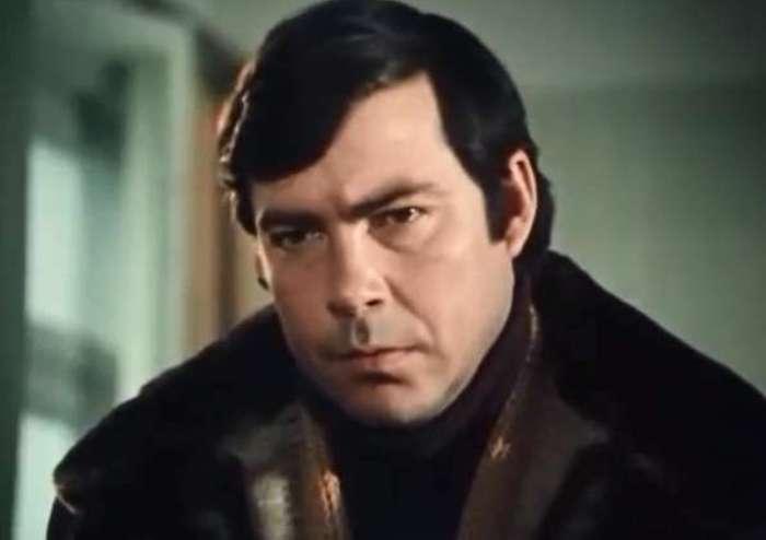 Николай Мерзликин в фильме *Алтунин принимает решение*, 1978 | Фото: kino-teatr.ru