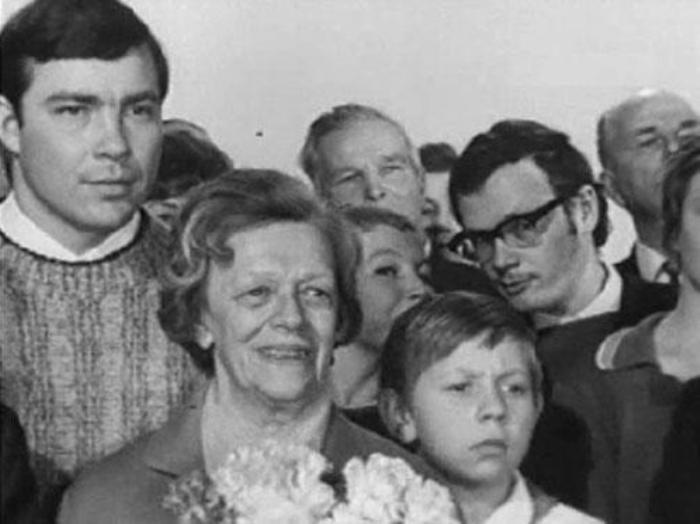 Кадр из фильма *Чудак из пятого *Б*, 1972 | Фото: kino-teatr.ru