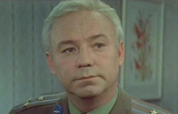 Николай Рыбников в фильме *Потому что люблю*, 1974 | Фото: kino-teatr.ru