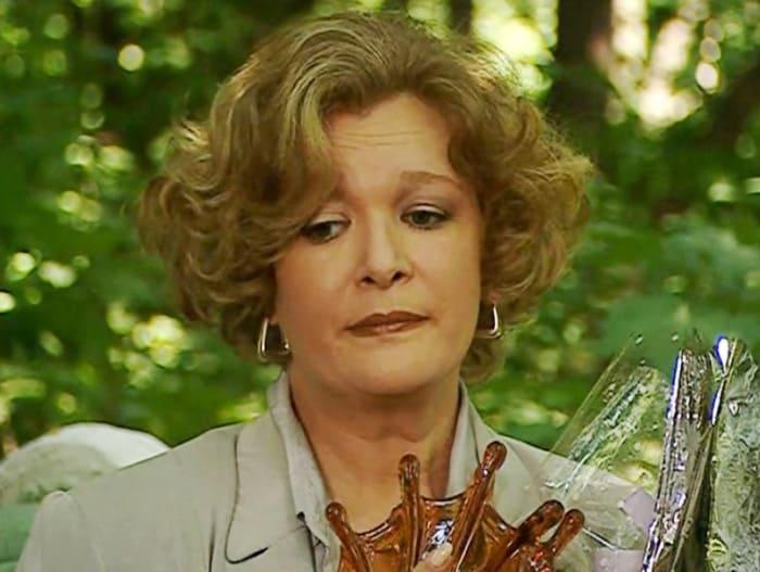 Нина Дворжецкая в сериале *Сыщики-2*, 2003 | Фото: kino-teatr.ru