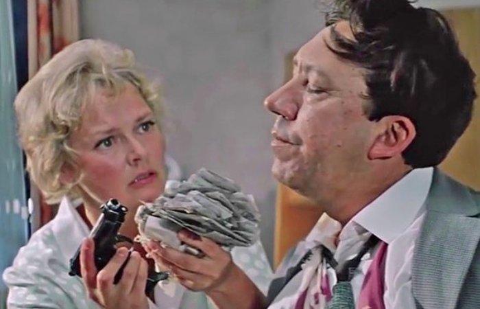 Кадр из фильма *Бриллиантовая рука*, 1968 | Фото: fakty.ua