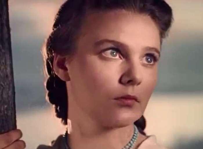 Нина Иванова в фильме *Киевлянка*, 1958-1960 | Фото: kino-teatr.ru