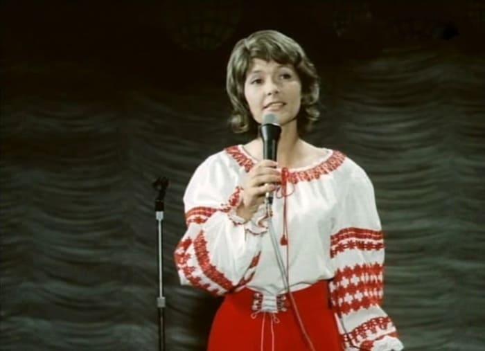 Кадр из фильма *Улыбнись, ровесник!*, 1975 | Фото: kino-teatr.ru
