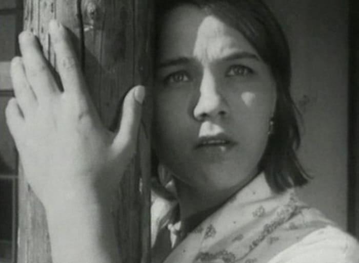 Нина Русланова в фильме *Короткие встречи*, 1967 | Фото: teleprogramma.pro