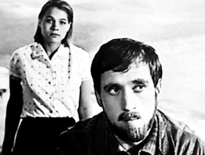 Нина Русланова и Владимир Высоцкий в фильме *Короткие встречи*, 1967 | Фото: kino-teatr.ru