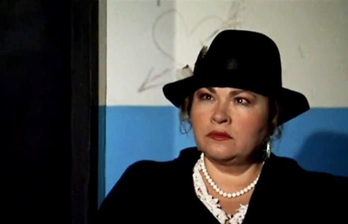 Нина Усатова в сериале *Закон*, 2002 | Фото: kino-teatr.ru