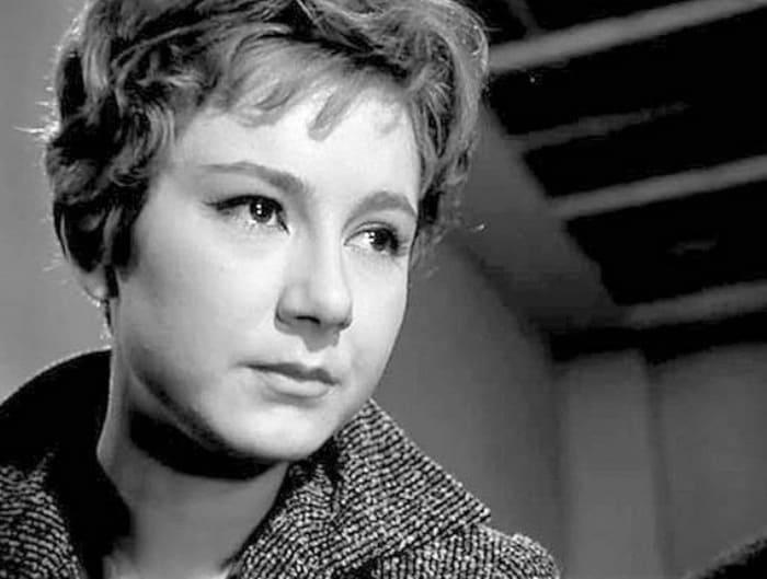 Татьяна Лаврова в фильме *Девять дней одного года*, 1961 | Фото: chtoby-pomnili.net