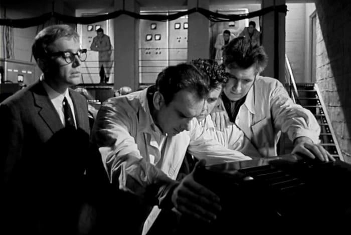 Кадр из фильма *Девять дней одного года*, 1961 | Фото: in-w.ru