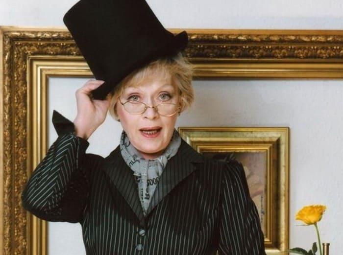 Актриса, которая могла бы сыграть еще в трех легендарных фильмах Рязанова   Фото: alisa-freindlih.ru