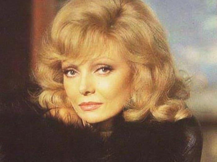 Одна из красивейших актрис, которую называли русской Мэрилин Монро | Фото: kino-teatr.ru