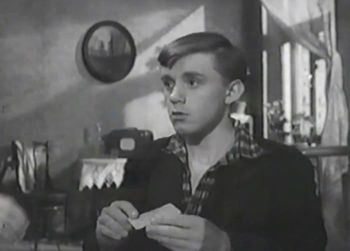 Валерий Носик в фильме *Стучись в любую дверь*,1958 | Фото: kino-teatr.ru