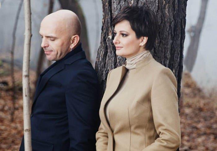 Солисты группы *Непара* Александр Шоуа и Виктория Талышинская | Фото: molva33.ru