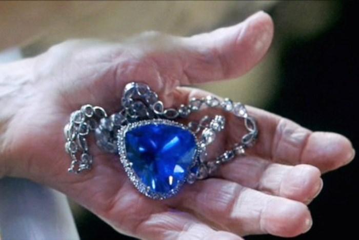 Знаменитое *Сердце океана* из фильма *Титаник* | Фото: hsmedia.ru