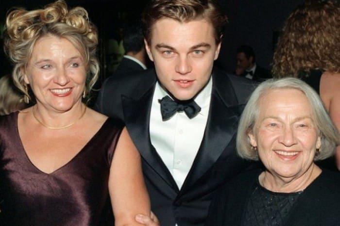 Актер со своей одесской бабушкой | Фото: videoboom.cc