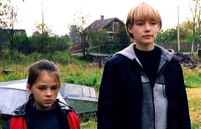 Кадр из фильма *Сестры*, 2001 | Фото: kino-teatr.ru