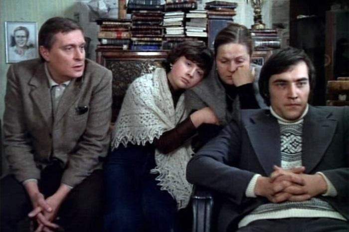Кадр из фильма *Осенний марафон*, 1979 | Фото: aif.ru