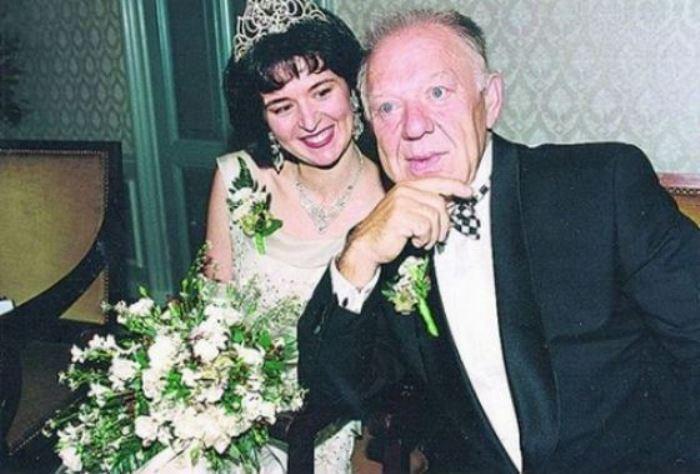 Олег Попов и его вторая жена Габриэла Леман | Фото: uznayvse.ru