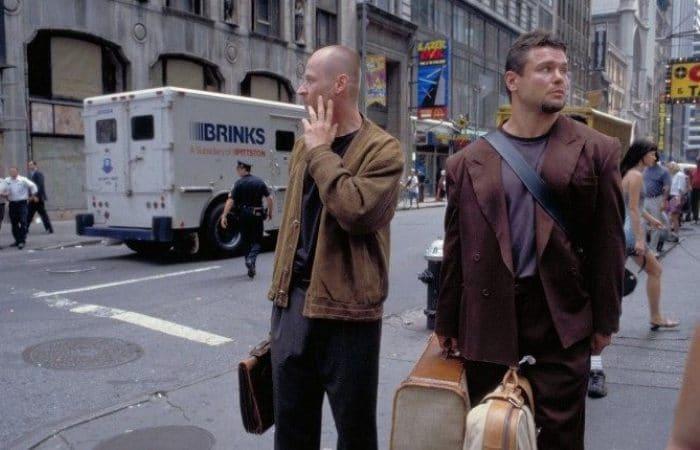 Актер на съемках фильма *15 минут славы*, 2001   Фото: uznayvse.ru